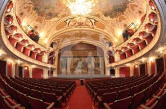 Teatrul National Iasi, la fel ca acum 126 de ani